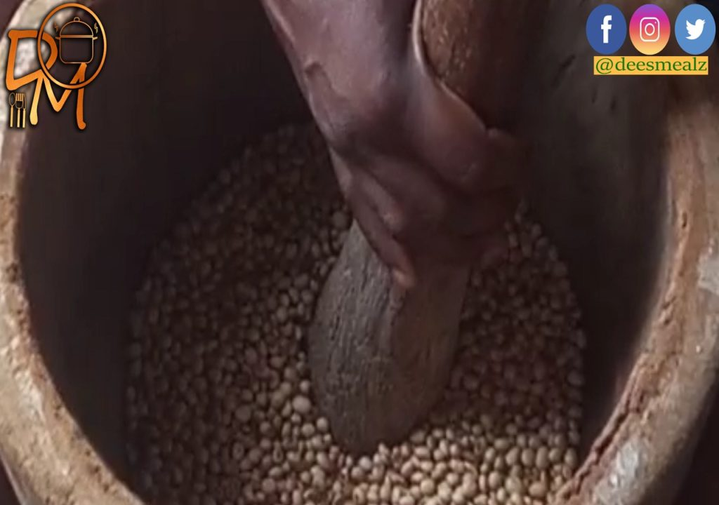 Soya Beans in the mortar